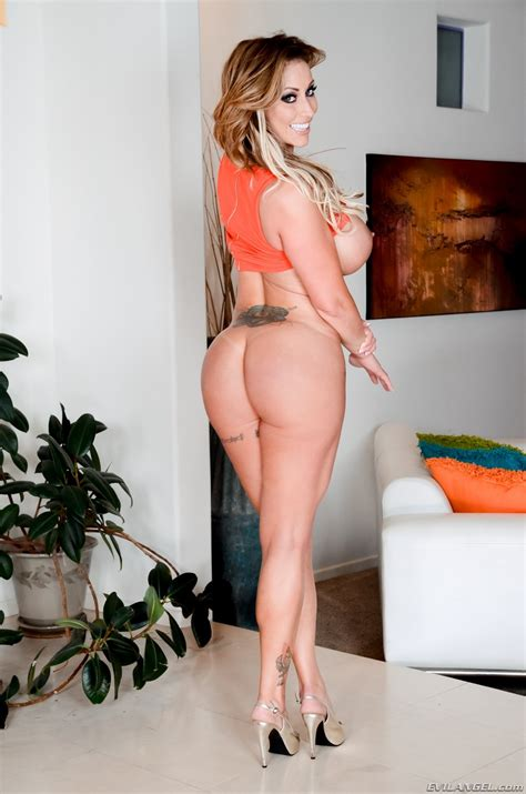 Dirty Eva