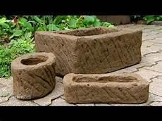 steintröge selber machen tutorial pflanztr 246 ge selber machen mit erde im zement
