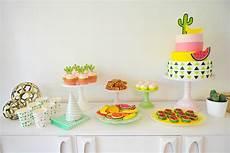 la table a dessert colorful modern cactus fruit best friends