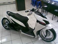 Modifikasi Vario by 50 Modifikasi Motor Honda Vario