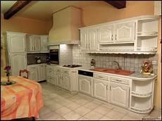 cuisine bois blanc ambiances bois patines cuisine couleur blanche gris 233 e