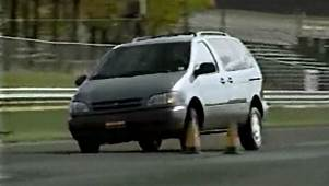 &187 1998 Toyota Sienna Test Drive