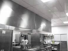 materiaux pour plafond dalles de plafond suspendu pour labo cuisine