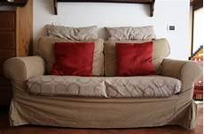 stoffa per divano la casa della mamma rinnoviamo il divano cambiando le