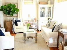 Small Living Room Arrangements
