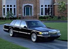blue book value used cars 2002 lincoln town car engine control 1995 lincoln town car pricing reviews ratings kelley blue book