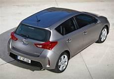 consommation toyota auris hybride 136h toyota auris hybride 136h dynamic 233 e 2012 fiche