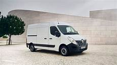 renault master panel 2018 review auto trader uk