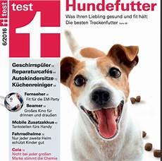 trockenfutter hund test hundefutter test stiftung warentest korrigiert