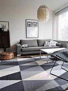 ikea stockholm teppich 20 triangle ornamented rugs for your apartment messagenote