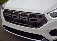 2017 Neuer Ford Kuga Entweichen Raubvogel Front Grill
