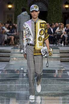 versace spring summer 2018 men s collection the skinny beep