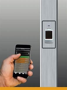 apertura porta impronta digitale inokey system porte d ingresso inotherm