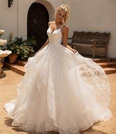 10 Gorgeous Gown Wedding Dresses You Ll
