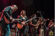 tedeschi trucks band members tedeschi trucks band busts out allman brothers quot martha quot welcomes king band