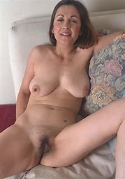 Big saggy natural mature tits