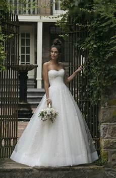 2019 Wedding Gown Trends