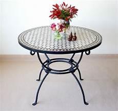 table d appoint marocaine en mosa 239 que design traditionnel