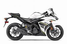 2017 Yamaha Yzf R3 Review 12 Fast Facts