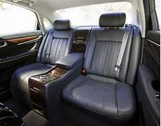 2011 hyundai equus flagship starts at 58 900 includes 5 years valet service 60 photos 2011 hyundai equus flagship starts at 58 900 includes 5 years valet service 60 photos