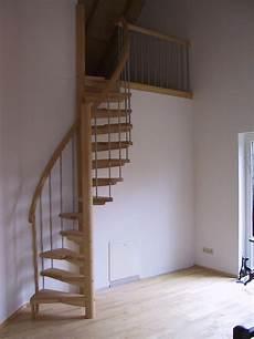 Raumspartreppe Treppentraum Auf Engstem Raum Stairs