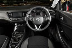 Vauxhall Grandland X Review 2019  Parkers