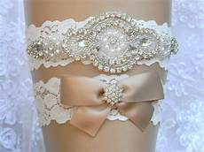How To Make A Lace Wedding Garter