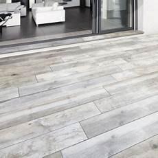 carrelage gris exterieur carrelage terrasse gris 20 x 120 cm rewood vendu au