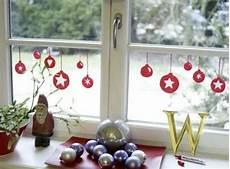 Weihnachtliche Fensterbilder Fenstergestaltung Mit Dem