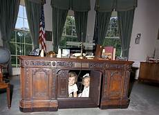 which of these 6 oval office desks will donald trump pick realtor com 174