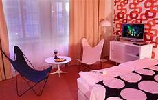70s Retro Bedroom Ideas by 24 Retro Decor Ideas Retro Furniture And Room Decorating