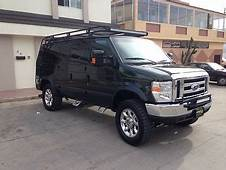 2006 FORD E350 4X4 60L TURBO DIESELAUTOLEATHERLIFTED
