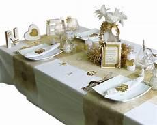Decoration De Table De Noel Or Et Argent