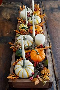 15 Fall Decorating Ideas Thanksgiving Table Decorations Centerpieces Berries