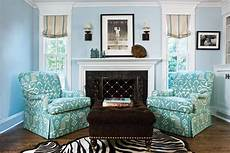 White And Aqua Living Room