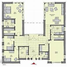 haus mit innenhof grundriss die besten 25 bungalow bauen ideen auf