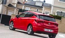 voitures les plus vendues en europe 2017 50 voitures les plus vendues en europe est ce le v 244 tre