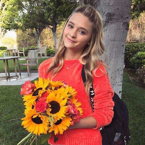Lizzy Greene Reddit