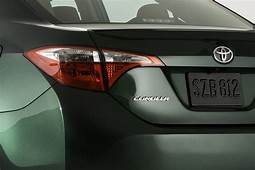 2014 Toyota Corolla Emerges With Striking Looks
