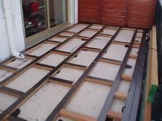 pose lambourde terrasse bois lambourde pour terrasse terrasse palette terrasse bois