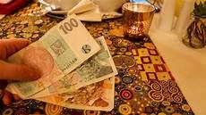 prag geld wechseln in tschechische kronen wechseln so vermeidest du geb 252 hren
