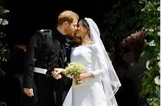 hochzeit prinz harry as prince harry and meghan markle wed a new era dawns