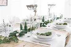 tischdeko weihnachten weiß minimalistische tischdeko f 220 r weihnachten