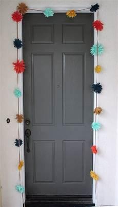 To Decorate Your Bedroom Door by 12 Ideas Para Darle Un Nuevo Look A Las Puertas De Tu Cuarto