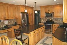 kitchen paint colors with maple cabinets maple kitchen cabinets modern oak kitchen oak cabinets