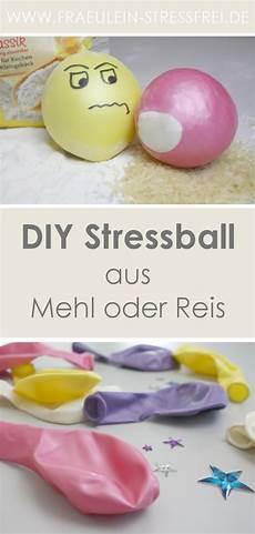 heute wird gebastelt diy stressball c crafts and