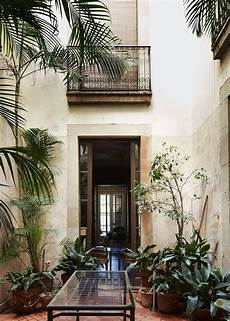 r watson garage house of architect oriol bohigas in barcelona icon