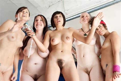 Nude Girls Group
