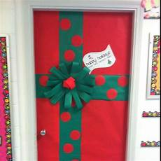 Decorations Inside The Classroom by Mrs Rector S Classroom Door Decoration For