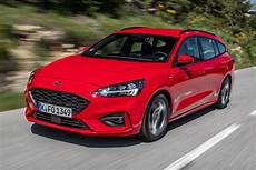New Ford Focus St Line Estate 2018 Review Pictures